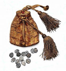 Кошелек с монетами XVI века